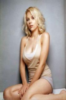 Scarlett Johansson Theme Mobile Theme