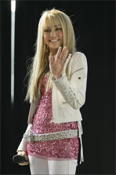Miley Cyrus - Hannah Montana Mobile Theme