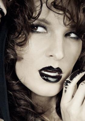 Black Lipstic Mobile Wallpaper