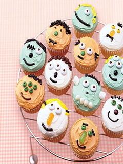 Little Monster Cupcakes Mobile Wallpaper