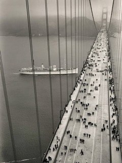 Peoples On Bridge Mobile Wallpaper