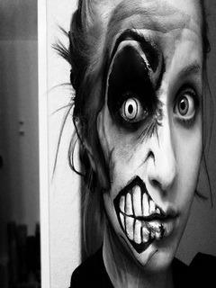 Halloween Mackup Mobile Wallpaper