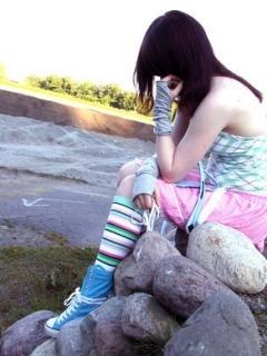 Girl Alone Mobile Wallpaper