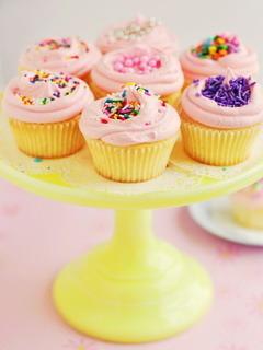 Vanilla Cupcakes Mobile Wallpaper