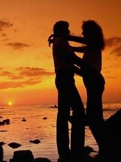 Romantic On Sea Mobile Wallpaper