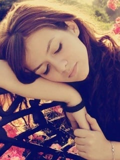 Lovely Sad Girl Mobile Wallpaper