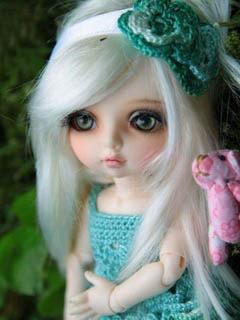 Cute Doll Mobile Wallpaper