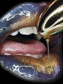 Honey Colors Lips Mobile Wallpaper