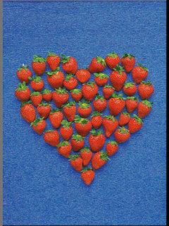 Strawberry Heart Mobile Wallpaper