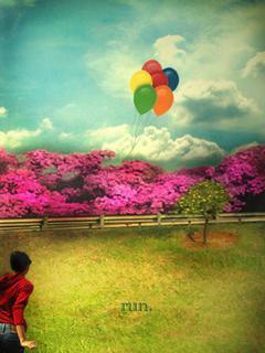Fly Ballooons Mobile Wallpaper
