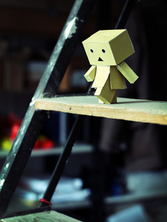 Danbo Down Steps Mobile Wallpaper