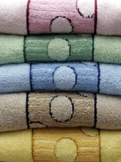 Color Towels Mobile Wallpaper