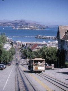San Francisco Train Mobile Wallpaper