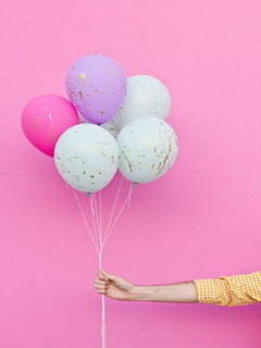 Splattered Balloons Mobile Wallpaper