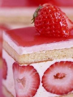Download Strawberry Cake Mobile Wallpaper | Mobile Toones
