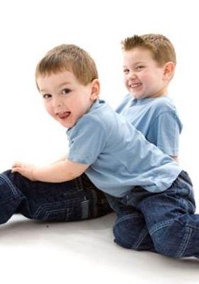 2 Naughty Kids Playing Mobile Wallpaper