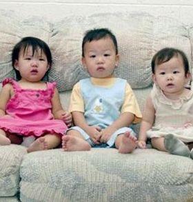 Abolutely Innocent Babies Mobile Wallpaper