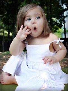 Cute Baby Girl Mobile Wallpaper