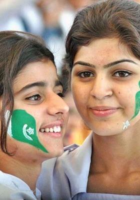 Pakistani Girls Mobile Wallpaper