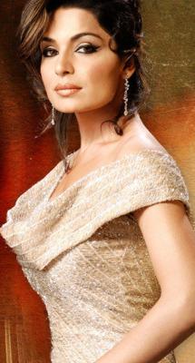 Meera Mobile Wallpaper