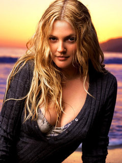 Drew Barrymore On Sea Mobile Wallpaper