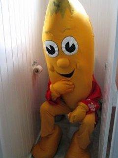 Banan Man Pooping Mobile Wallpaper