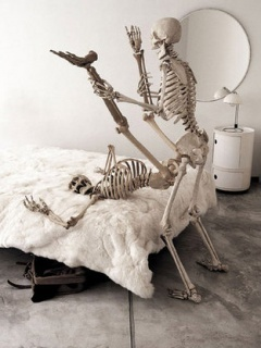 Shake Them Bones Mobile Wallpaper
