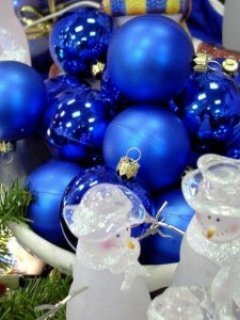 Blue Ball In The Basket Mobile Wallpaper