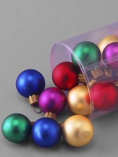 Different Balls Mobile Wallpaper
