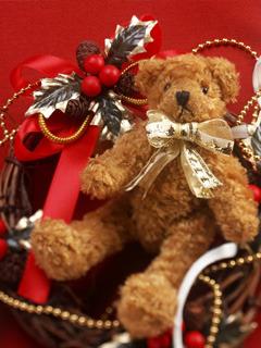 Teddy Celebrate Christmas Mobile Wallpaper