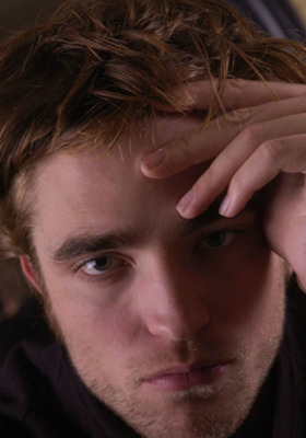 Robert Pattinson Beverly Wilshire Mobile Wallpaper