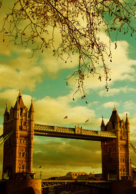 London Bridge Mobile Wallpaper