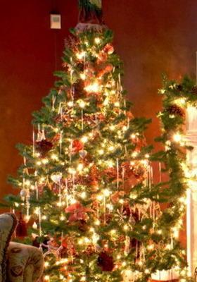 Christmas Tree Mobile Wallpaper