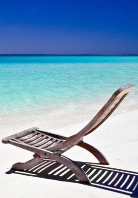 Beach Lounge Chair  Mobile Wallpaper