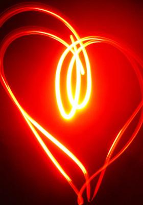 Illuminated Heart Mobile Wallpaper