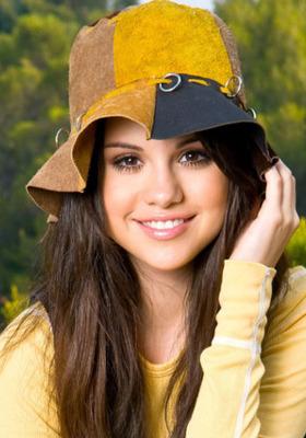 Selena Gomez Mobile Wallpaper