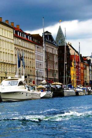 Boats Building In Copenhagen For IPhone Wallpaper Mobile Wallpaper