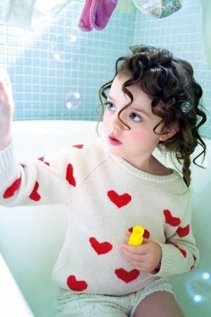 Beautiful Baby Bath IPhone Wallpaper Mobile Wallpaper