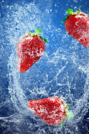 Strawberries Underwater IPhone Wallpaper Mobile Wallpaper