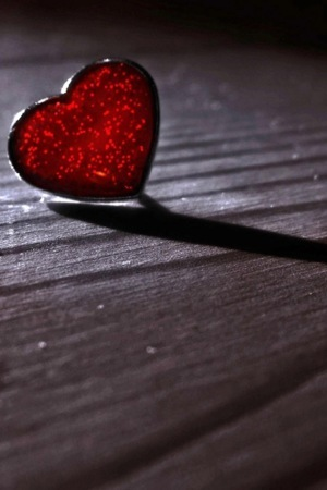 Lonely Heart In Night IPhone Wallpaper Mobile Wallpaper