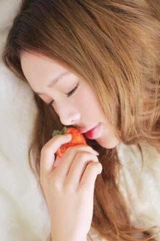 Strawberries &Girl IPhone Wallpaper Mobile Wallpaper