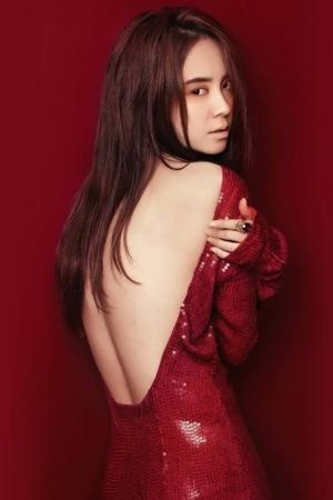Girls Red Dress IPhone Wallpaper Mobile Wallpaper