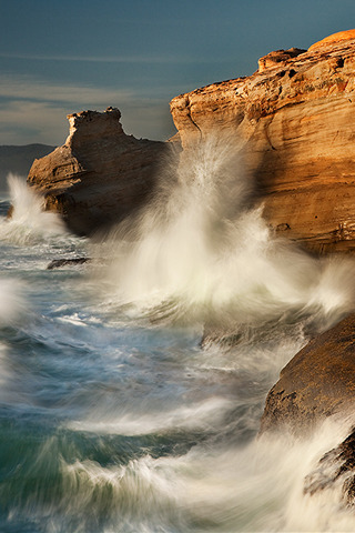 Beauty Climbing Waves Nature IPhone Wallpaper Mobile Wallpaper