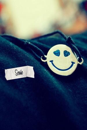 Smile Cute IPhone Wallpaper Mobile Wallpaper