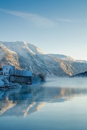 Winter Lake House & Mountain IPhone Wallpaper Mobile Wallpaper