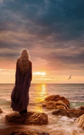 Lovely Alone Front Sea Sunset Daenerys IPhone Wallpaper Mobile Wallpaper