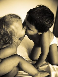 Wallpaper Love Kiss Baby : Download Baby Love Mobile Wallpaper Mobile Toones