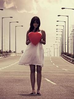 Love Girl Heart Mobile Wallpaper