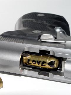 Love Bullet Mobile Wallpaper