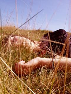 Sleep In Field Mobile Wallpaper